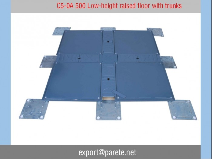 C5-0A 500 Low-height raised floor with trucks